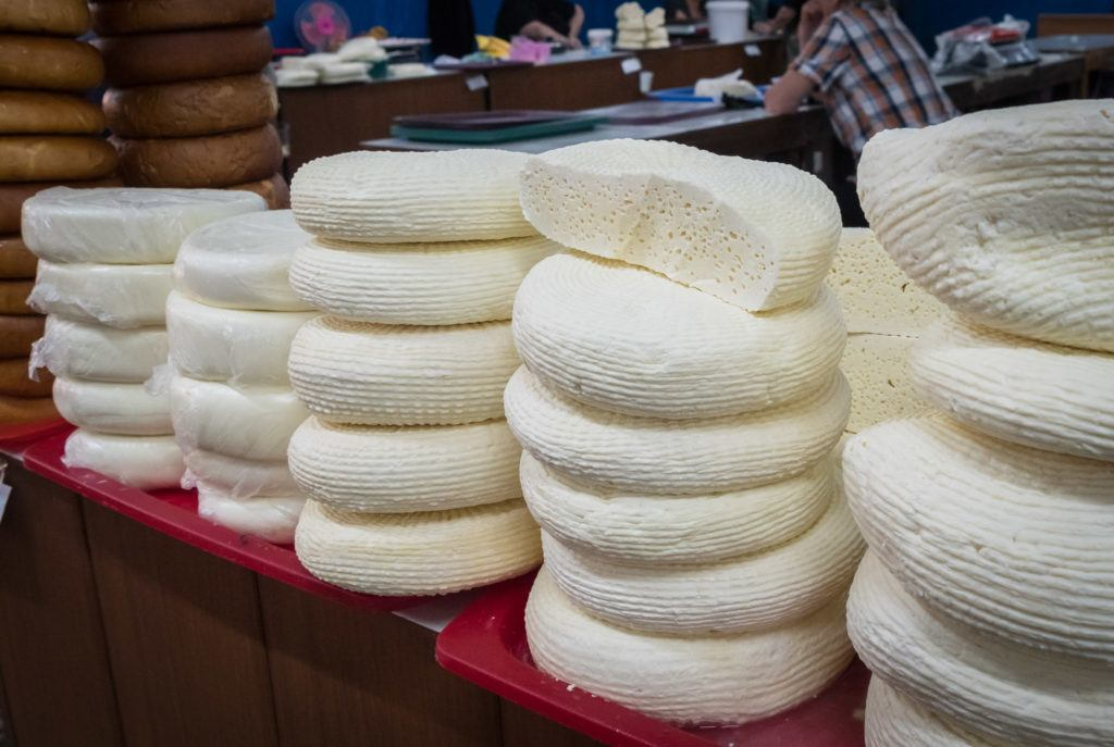 Georgian Cuisine Guide - Traditional Georgian Food: Imeretian Cheese